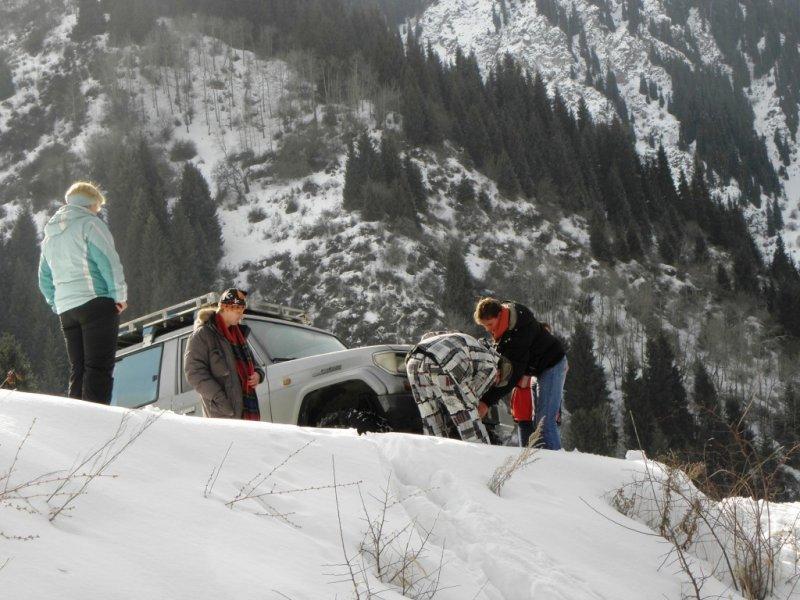 Эвакуатор алматы зимой в горах 2