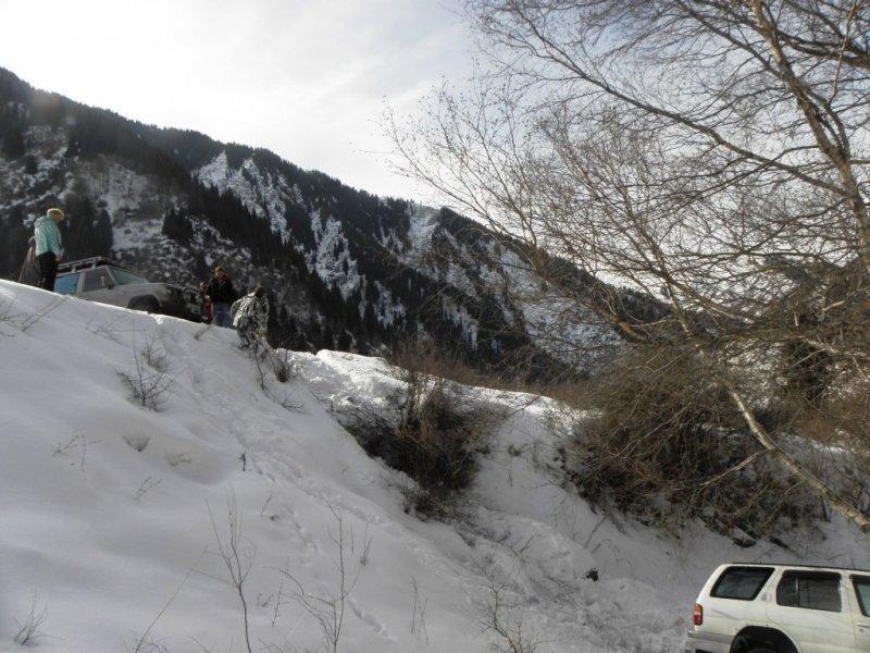 Эвакуатор алматы зимой в горах 3