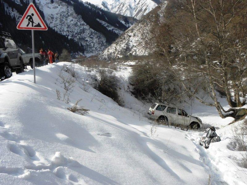 Эвакуатор алматы зимой в горах 4