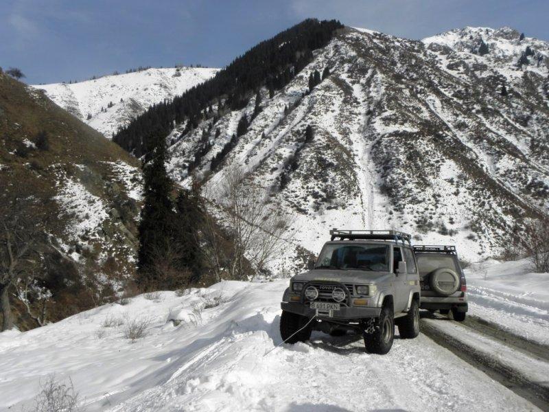 Эвакуатор алматы зимой в горах 9