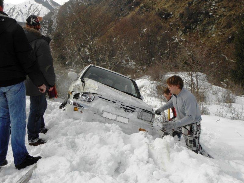 Эвакуатор алматы зимой в горах 14