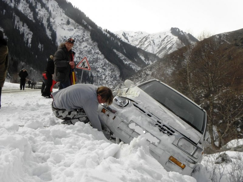 Эвакуатор алматы зимой в горах 15