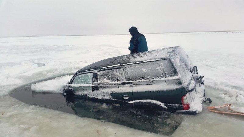 Внедорожная Эвакуация Ниссан Патрол из подо льда алматы - астана