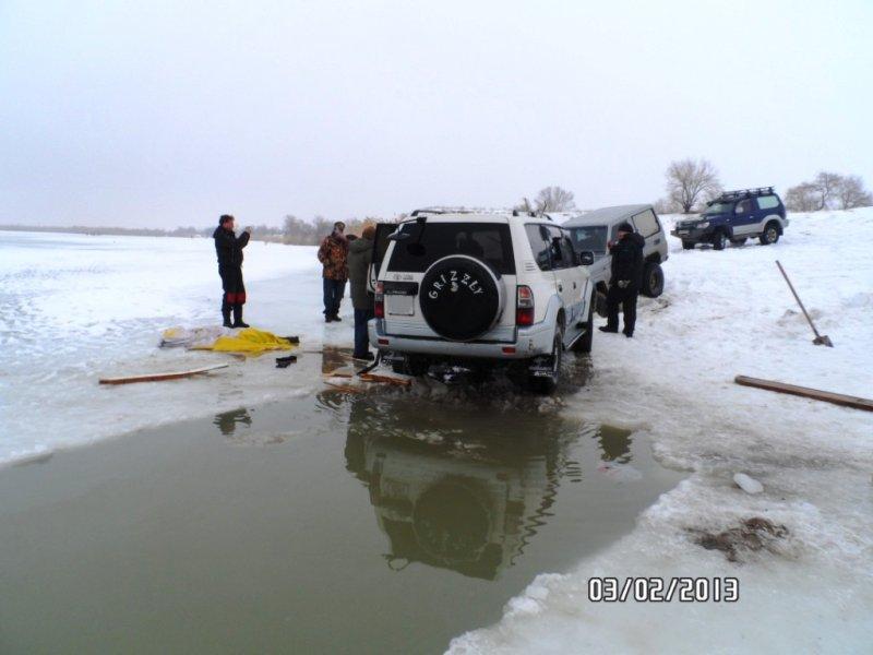 Эвакуация из подо льда в алматы +77012220111